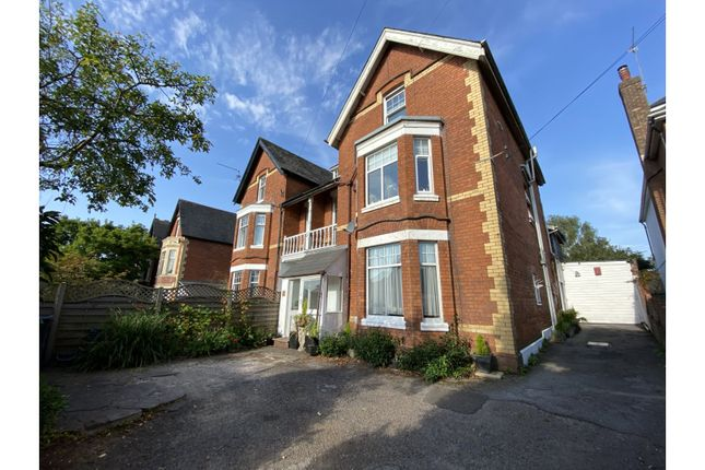 Thumbnail Maisonette for sale in Station Road, Llanishen
