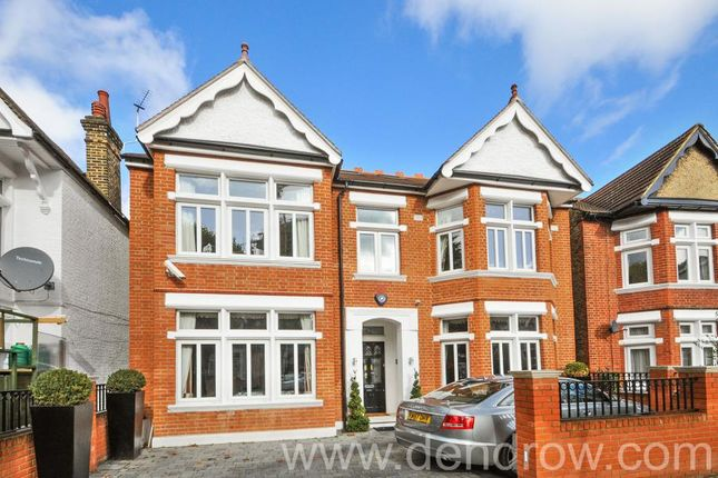 Thumbnail Detached house to rent in Craven Avenue, London