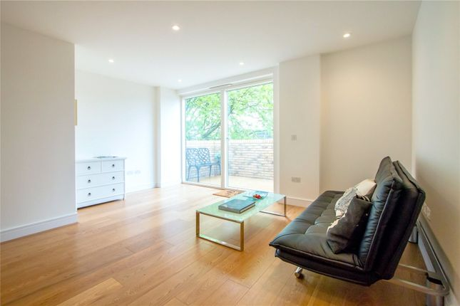 Thumbnail Flat to rent in Sidmouth Street, Bloomsbury, London