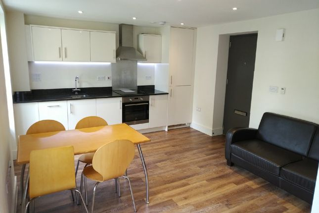 Thumbnail Flat to rent in Ravenscourt Gardens, Hammersmith