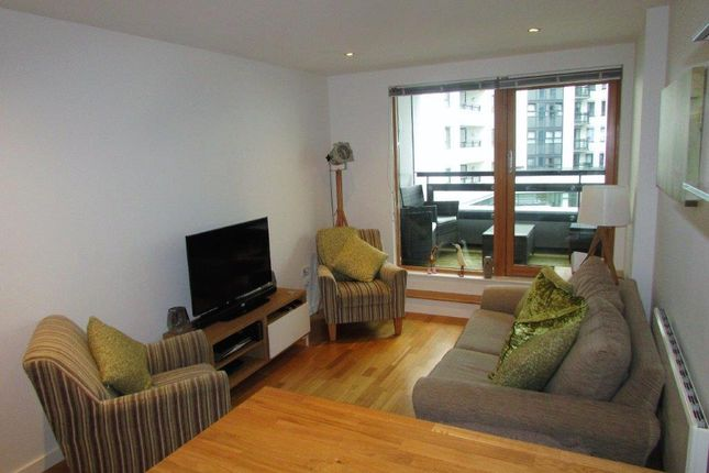 Thumbnail Flat for sale in The Gateway West, East Street, Leeds