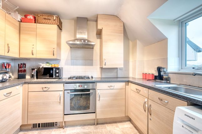 Kitchen of Thorn Court, Arlingham Avenue, Bromsgrove B61