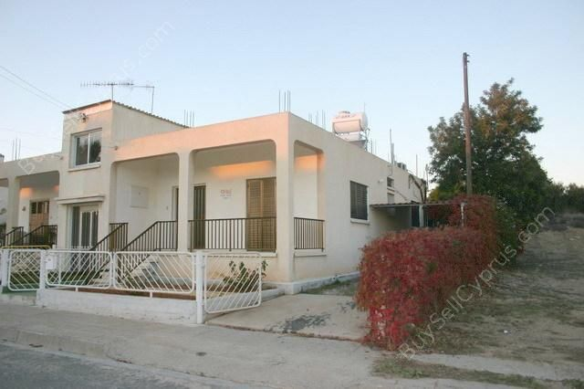 2 bed semi-detached bungalow for sale in Ormideia, Larnaca, Cyprus