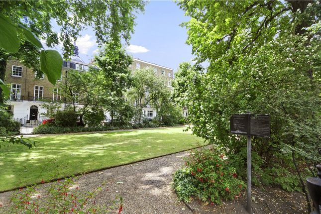 1 bed flat to rent in Brompton Square, London