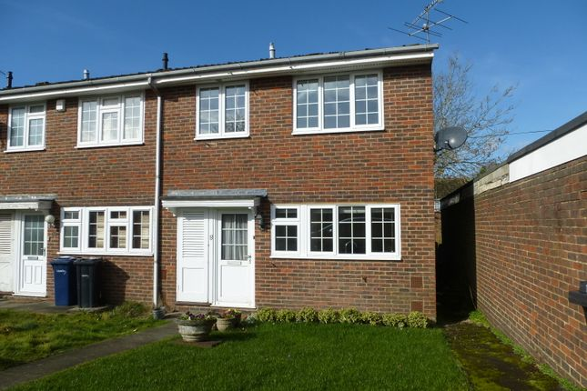 Thumbnail End terrace house to rent in Oaklands, Haslemere