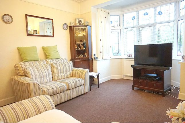 Lounge of Beechmont Gardens, Southend-On-Sea SS2