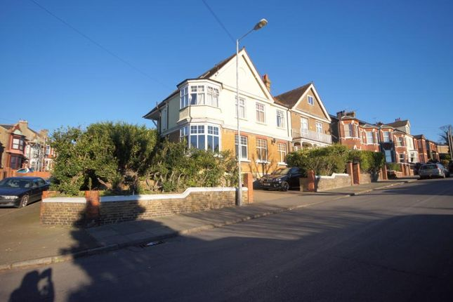 Thumbnail Semi-detached house to rent in Approach Road, Margate