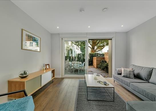 Thumbnail Detached house to rent in Wansey Street, London, Se1