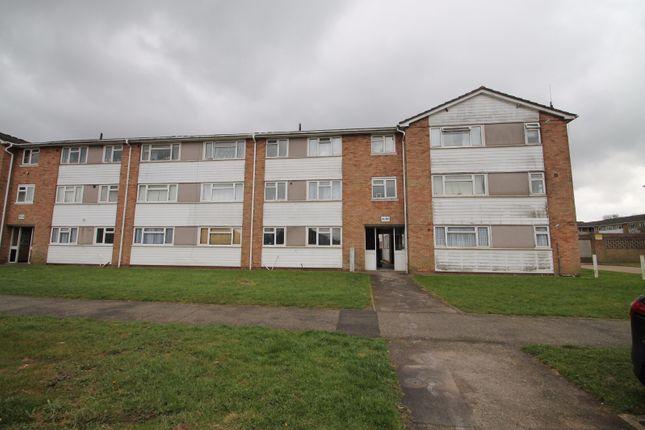 2 bed flat for sale in Ellis Road, Coulsdon