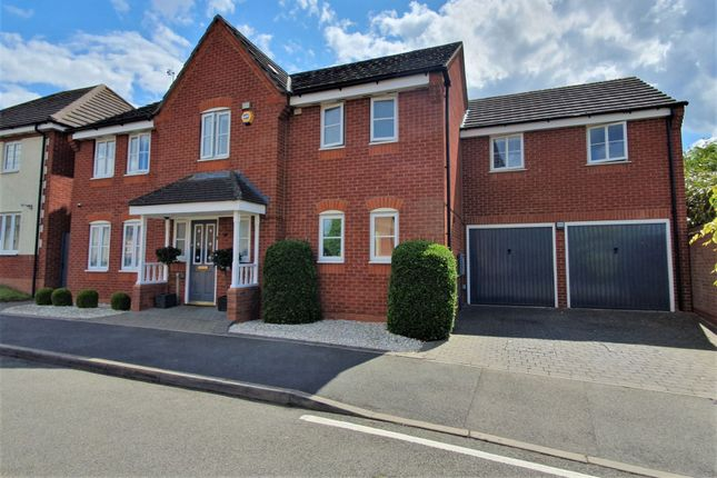 The Property of Barons Close, Leicester LE9