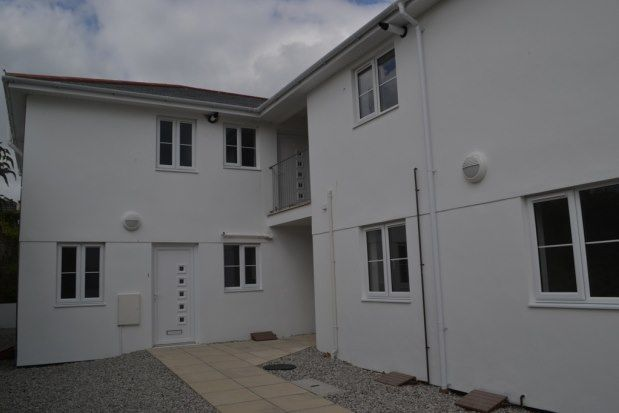 2 bed flat to rent in Routley Court, Liskeard PL14