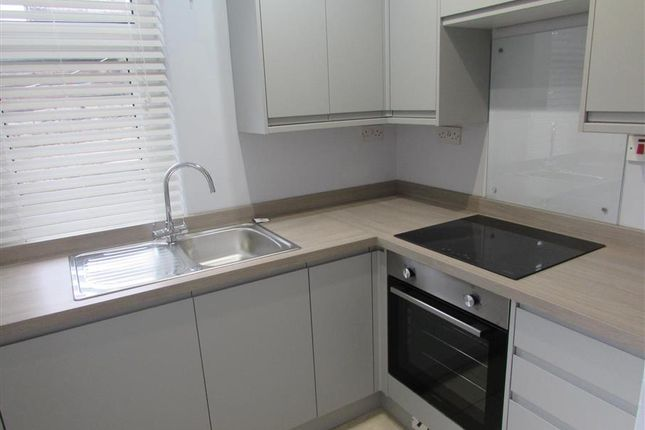 2 bed property to rent in Graham Street, Lancaster LA1