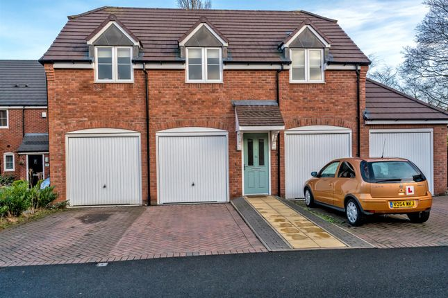 Thumbnail Flat for sale in Harvest Grove, Bloxwich, Walsall