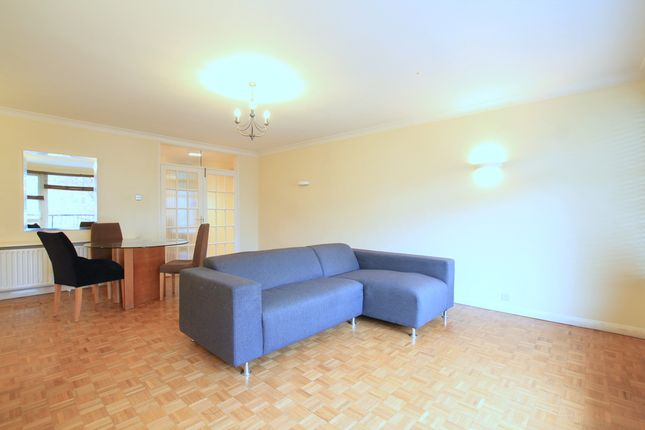 Thumbnail Flat to rent in Manor Gate, St. Johns Avenue, Putney, London