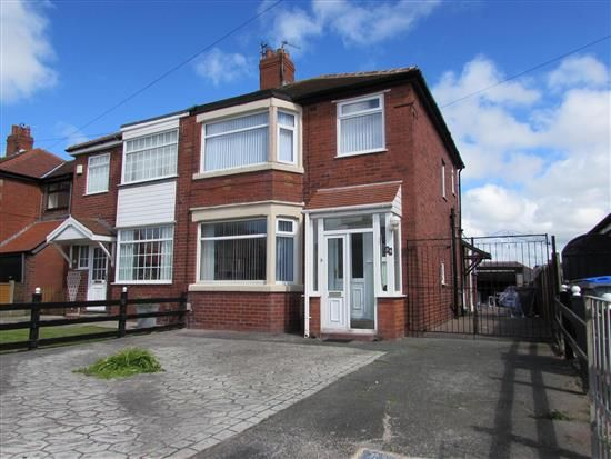 Thumbnail Property to rent in North Drive, Thornton Cleveleys