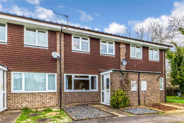 Picture No. 10 of Lake Court, Tadley, Hampshire RG26
