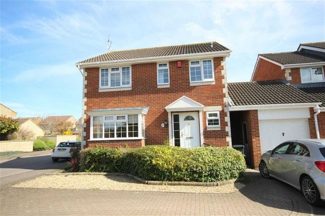 Thumbnail Detached house to rent in Delamere Drive, Stratone Village, Swindon