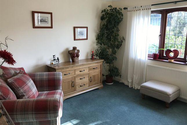 Lounge of Waunfarlais Road, Llandybie, Ammanford SA18