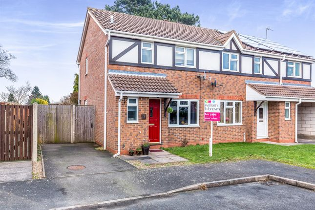 3 bed semi-detached house for sale in Domont Close, Shepshed, Loughborough