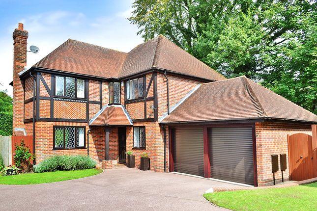 Thumbnail Detached house for sale in Felbridge, East Grinstead