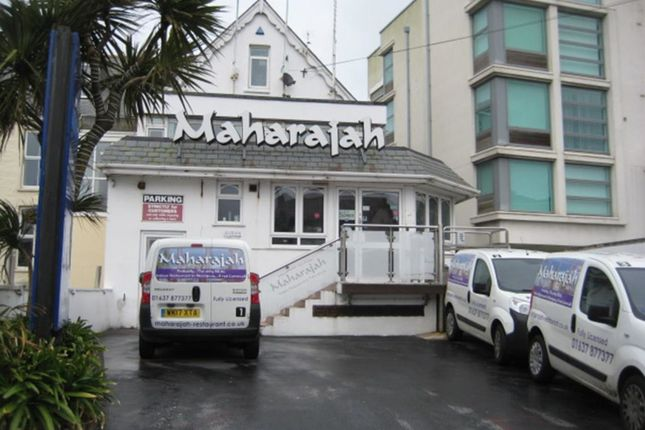 Thumbnail Restaurant/cafe for sale in Cliff Road, Newquay