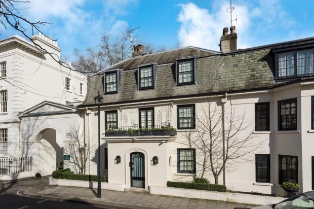 Thumbnail Semi-detached house to rent in Lowndes Place, Belgravia, London