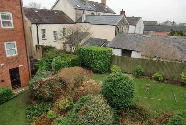 Thumbnail Flat to rent in Homerees House, The Parade, Carmarthen, Carmarthenshire
