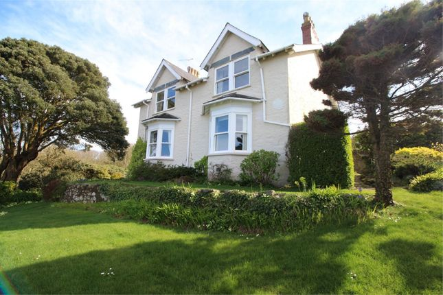 Thumbnail Detached house to rent in Les Godaines, George Road, St Peter Port