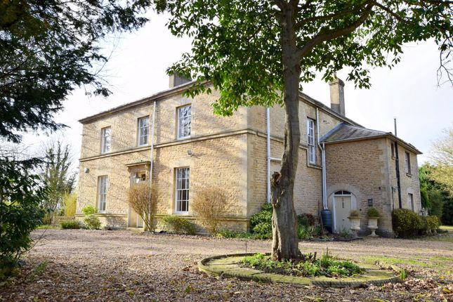 Thumbnail Detached house to rent in Chiltern View, Tetsworth, Thame