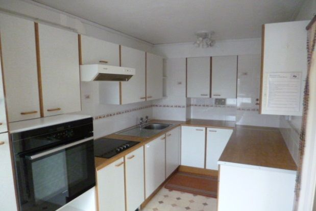 Thumbnail Flat to rent in Bridge Road, Trewoon, St. Austell