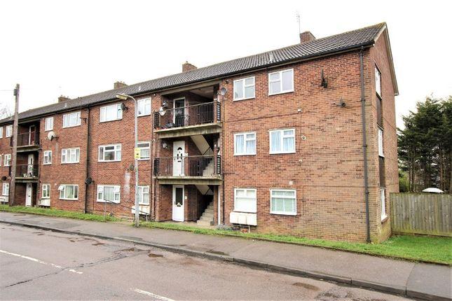2 bed flat for sale in Stonelea Road, Hemel Hempstead
