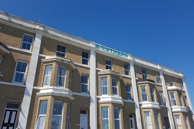 Thumbnail Flat to rent in Alexandra Terrace, Penzance