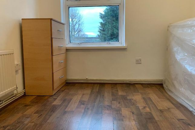 Room to rent in Vernon Road, Bow, London E3