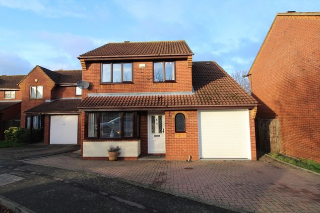 Thumbnail Detached house for sale in Norwood Lane, Newport Pagnell