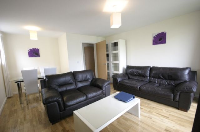Flat to rent in Rye House, 3 Peacock Close, Mill Hill East, London