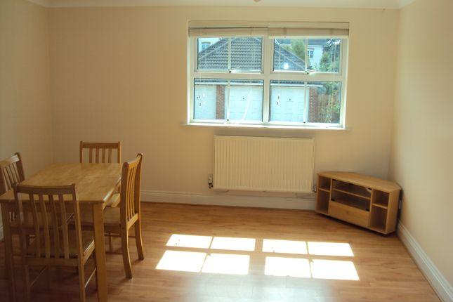 Living Room of Sandmartin Crescent, Colchester CO3