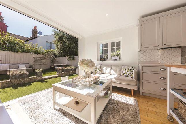 Thumbnail Terraced house for sale in Rudloe Road, London