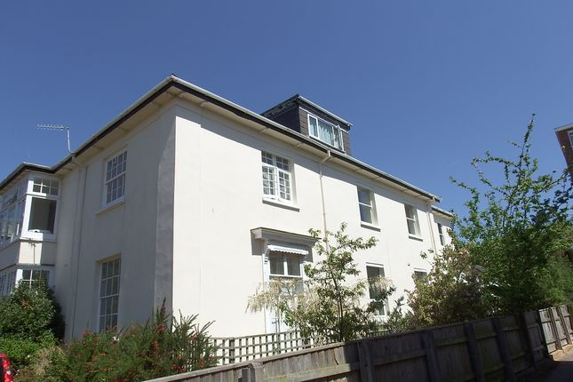 Thumbnail Flat to rent in Manston Terrace, Exeter