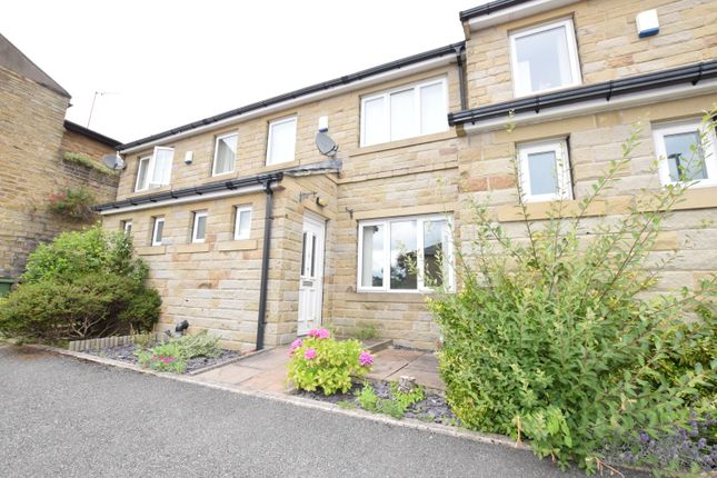 Thumbnail Town house to rent in Spark Hall Court, Longwood, Huddersfield