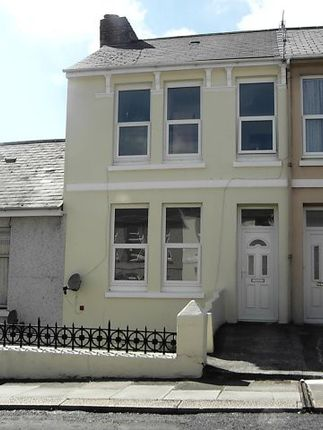 3 bed terraced house to rent in Ivydale Road, Plymouth, Devon