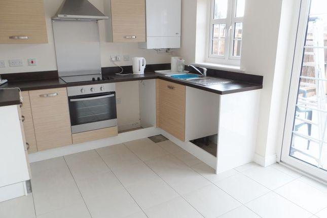 Kitchen of Cysgod Yr Ysgol, Gorslas, Llanelli SA14