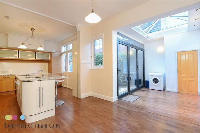 Thumbnail Property to rent in Merton Avenue, Chiswick, London