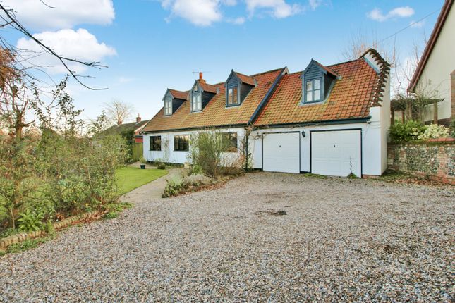 Thumbnail Detached house for sale in Crostwick Lane, Spixworth, Norwich