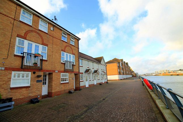 Front of Anchor Close, Shoreham-By-Sea BN43