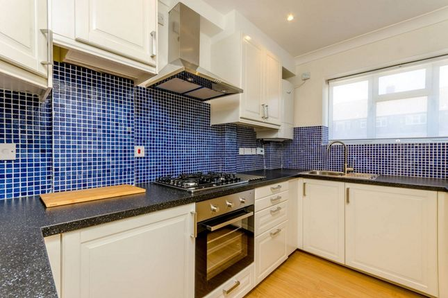 Thumbnail Flat to rent in Bonner House, London