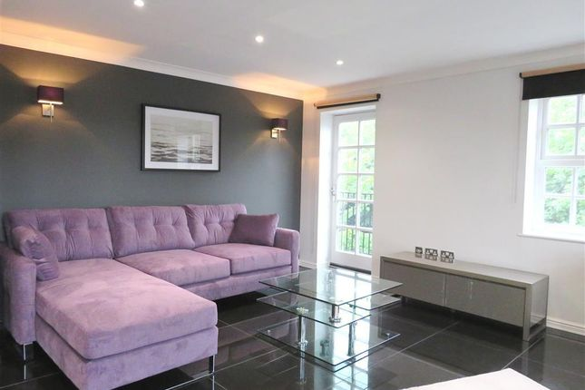 Thumbnail Flat to rent in Albany Gardens, Colchester