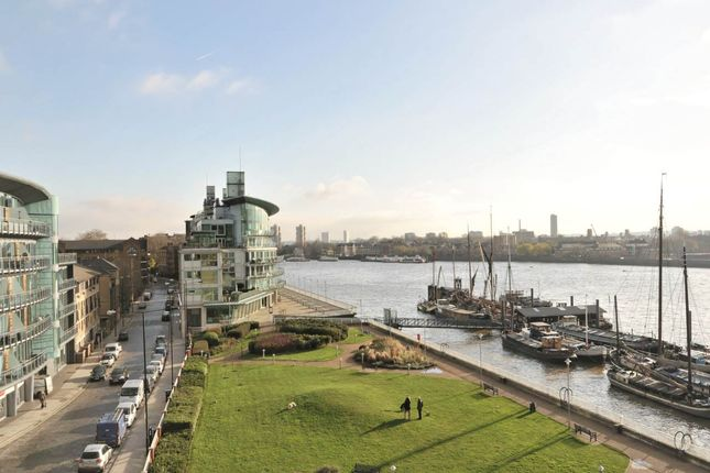 Thumbnail Property to rent in 14 Riviera Court, 122 St Katherine's Way, London