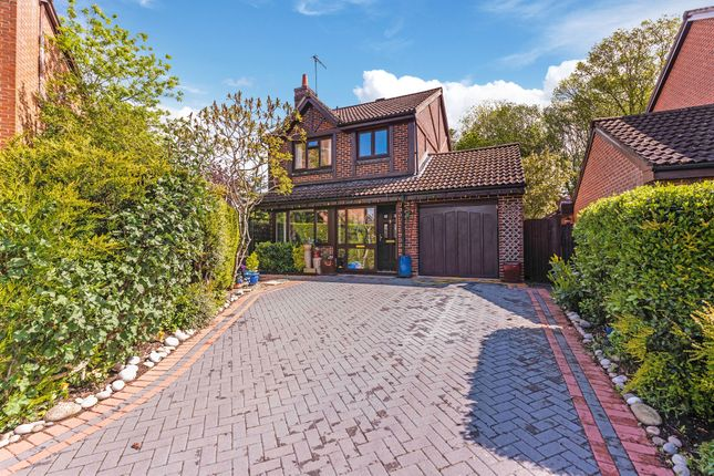 Thumbnail Detached house for sale in Dukes Ride, North Holmwood, Dorking