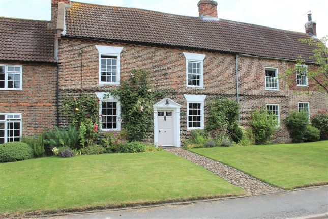 Thumbnail Cottage for sale in Newby Wiske, Northallerton