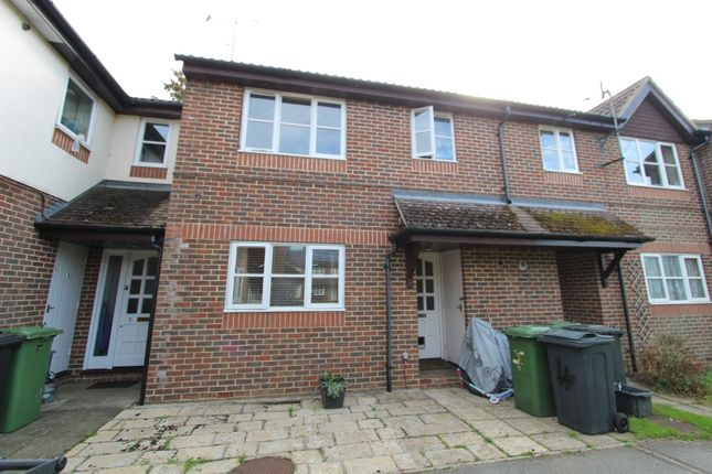 Thumbnail Detached house to rent in Newfield Road, Liss